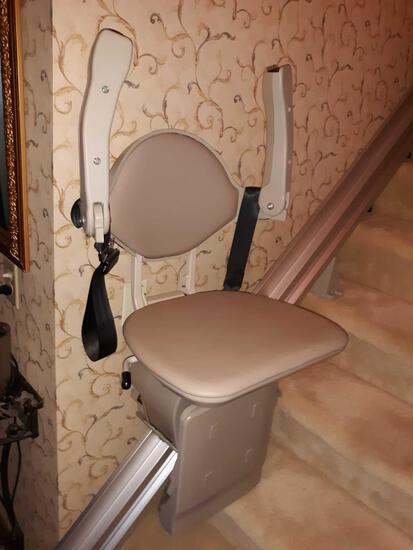 F- Bruno Straight Rail Stairlift
