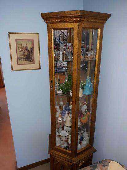 FR- Corner Kurio Cabinet