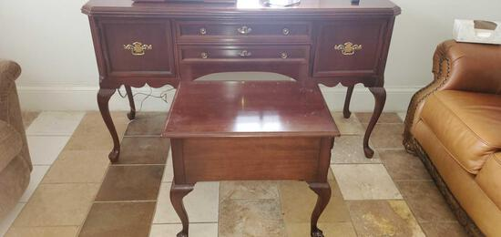 LR- Hutch with End Table