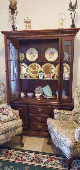 DR- China Cabinet