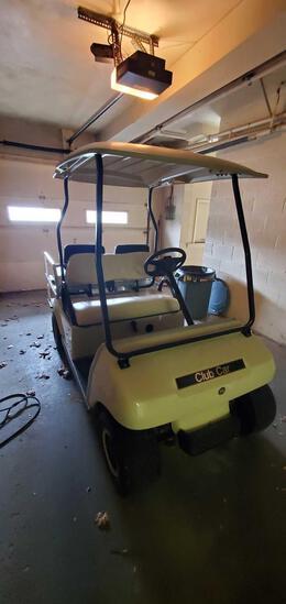 Garage- Golf Cart