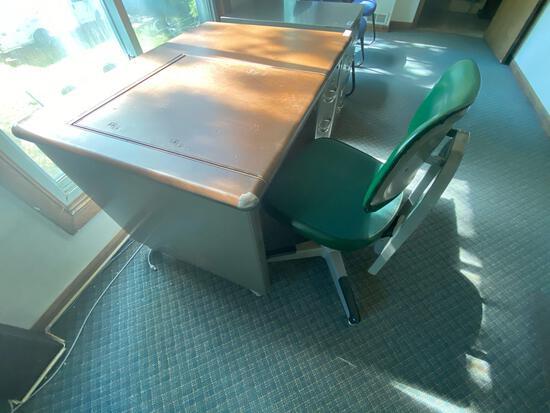 UP- Convertible Shaw Walker Desk