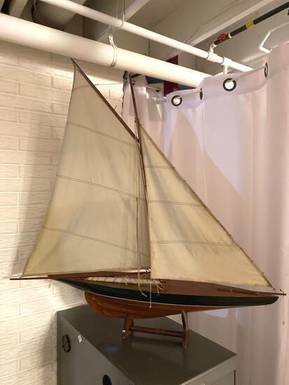 D- Model Sailboat