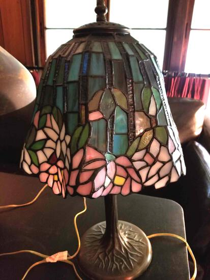 FR - Tiffany-Style Lamp