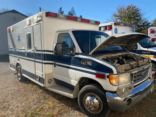 2005 Ford Cutaway Ambulance