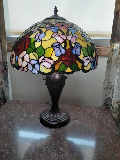 L- Stainglass Lamp