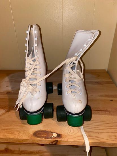 W- Roller Skates