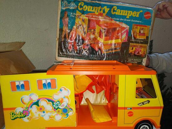 B- 1970 Barbie Country Camper