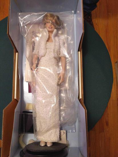 B2- Franklin Mint Doll