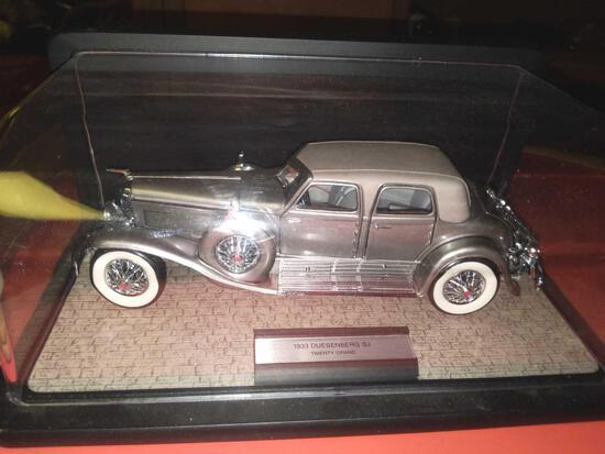 B- Franklin Mint Precision Model Cars