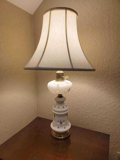 BR-1 Porcelain/Frosted Glass Decorative Lamp