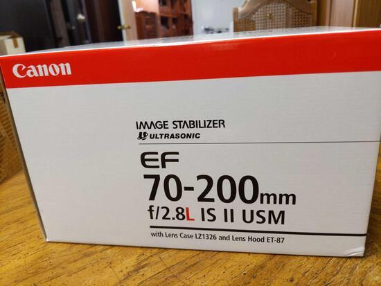 B- Canon EF 70-200mm