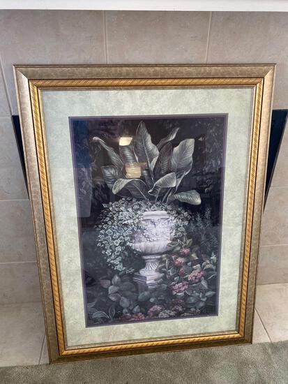 LR- Urn with Foliage Print