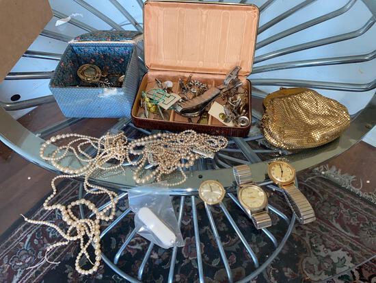LR- Lot of Jewelry