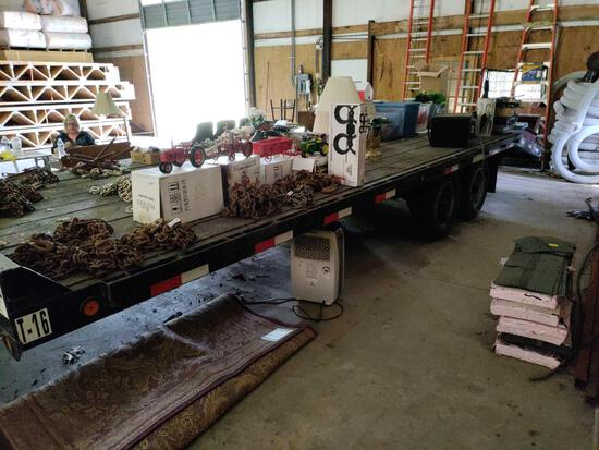 GRB- 2004 Towmaster T16 Heavy Equipment Trailer