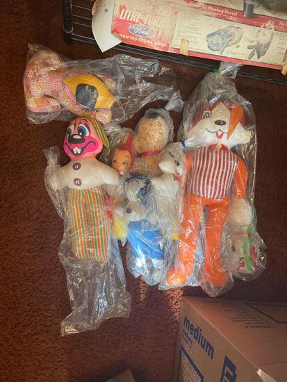 B3- Lot of Stuffed Animals