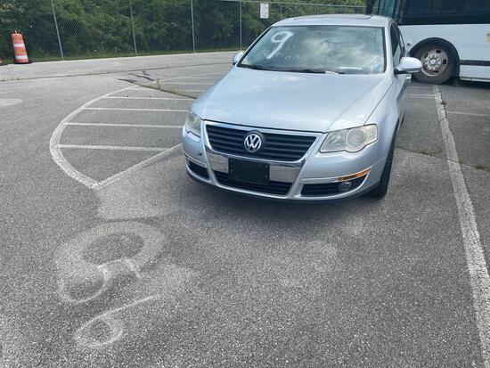 2009 Silver Volkswagen Passat