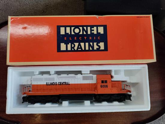 G2- Lionel Electric Train Illinois Central SD-40 Diesel Engine