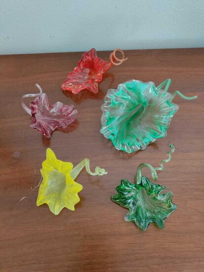 G1- (5) Pieces of Floral Art Glass