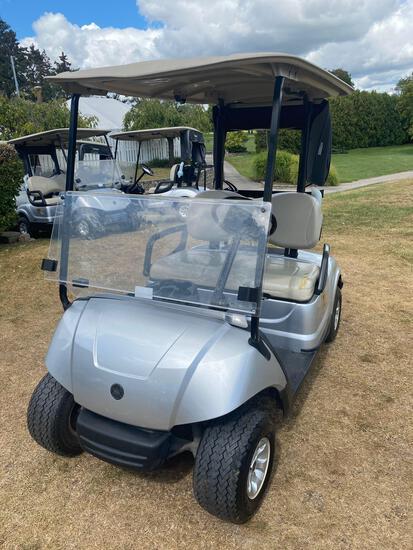 M- 2016 Yamaha Gas Golf Cart