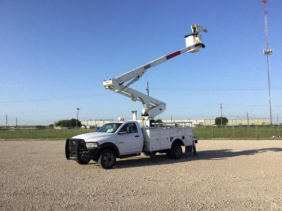 (Waxahachie, TX) Versalift VST471, Articulating & Telescopic Material Handling Bucket Truck center m
