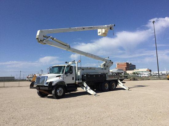 (Waxahachie, TX) Terex RM-70/95, Double-Elevator Material Handling Bucket Truck rear mounted on 2007