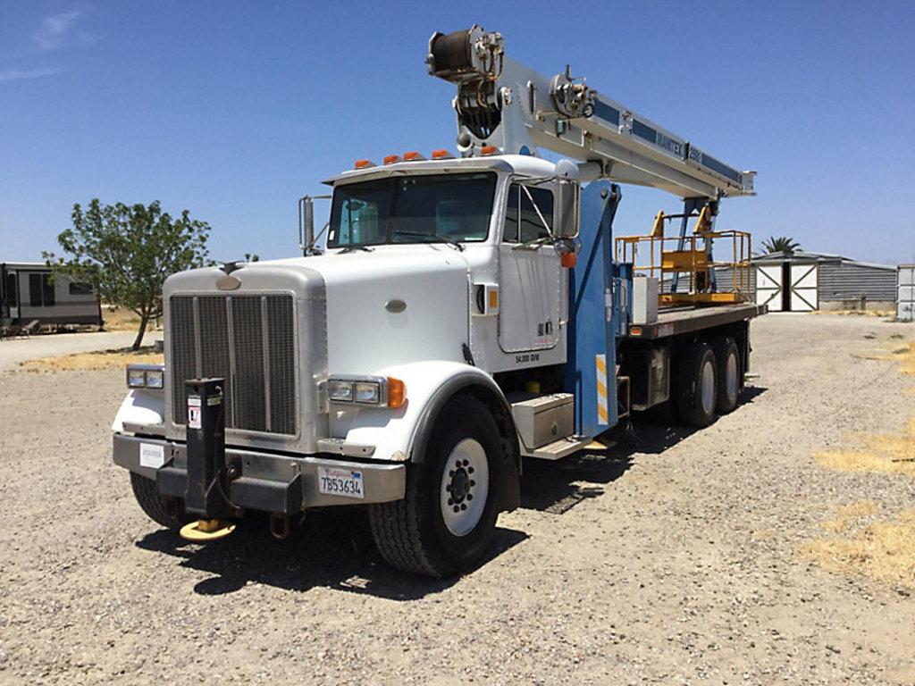 (Byron, CA) Manitex 2592, Hydraulic Crane mounted behind cab on 1996 Peterbilt 357 T/A Flatbed Truck