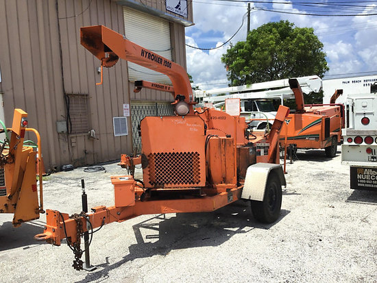 West Palm Beach, FL) 2004 Wood Chuck Hyroller 1200 Chipper