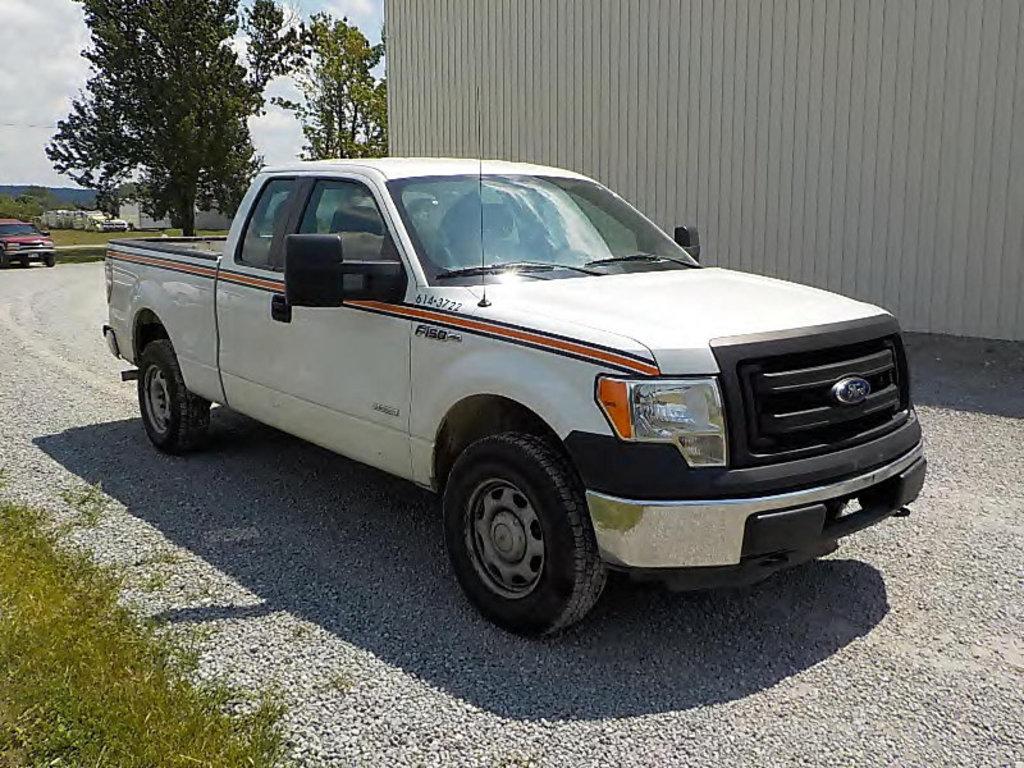 Lot: (Ashland, OH) 2013 Ford F150 4x4 Extended-Cab Pickup