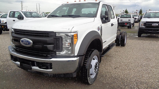 (Elizabethtown, KY) 2017 Ford 550 Extended-Cab & Chassis starts, runs, drives
