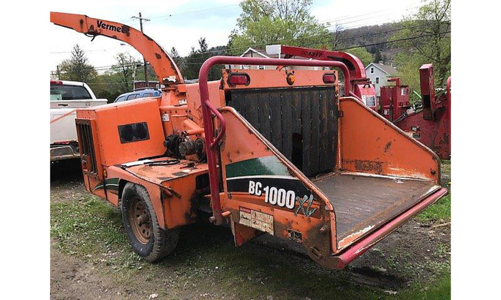 Deposit, NY) 2008 Vermeer BC1000XL Chipper (12