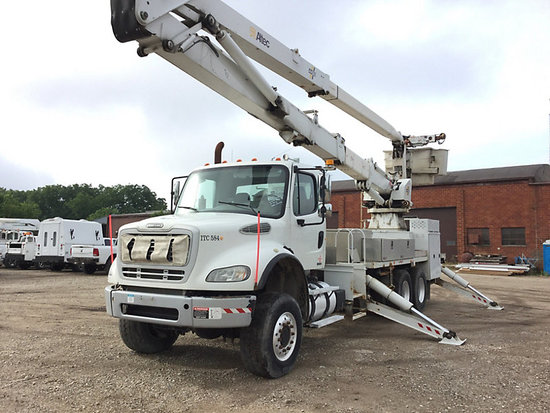 (Des Moines, IA) Altec AH100, Articulating & Telescopic Material Handling Bucket Truck rear mounted