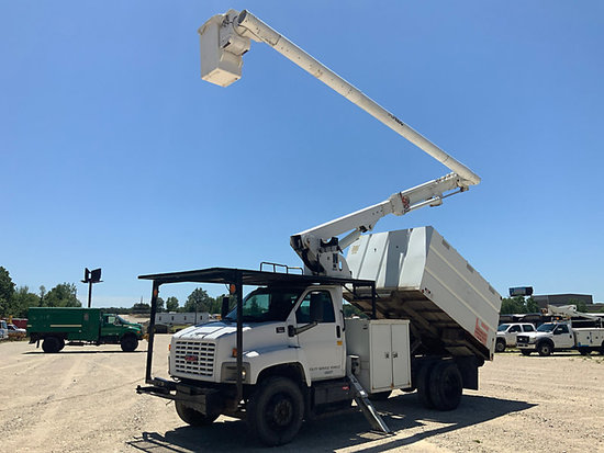 (Wright City, MO) Altec LRV-55, Over-Center Bucket Truck mounted behind cab on 2005 GMC C7500 Chippe