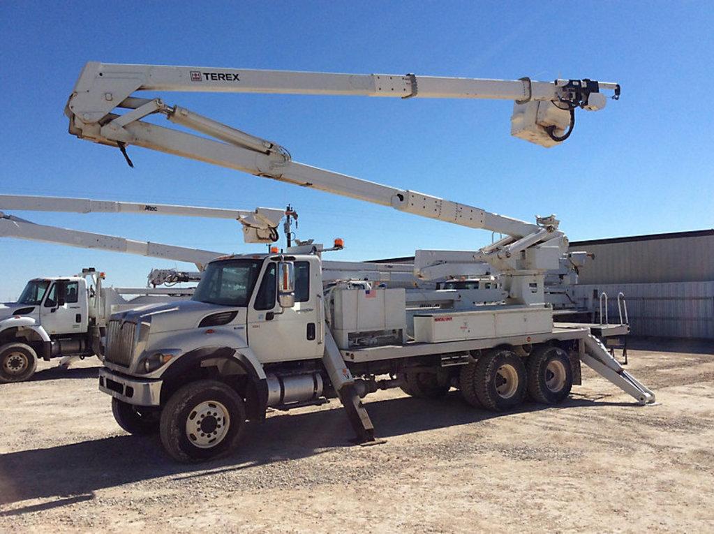 (Odessa, TX) Terex RMX-75/90, Material Handling Elevator Bucket Truck rear mounted on 2012 Internati