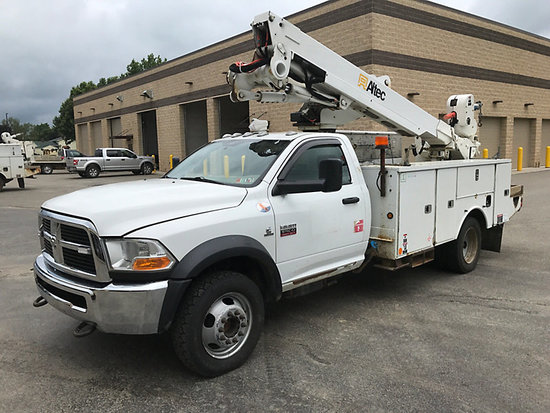 (Cambridge Springs, PA) Altec AT40M, Articulating & Telescopic Material Handling Bucket Truck mounte