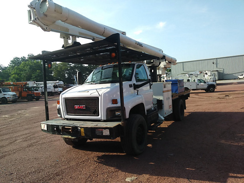 (Graysville, AL) Altec LRV-57RM, Over-Center Bucket Truck rear mounted on 2009 GMC C7500 4x4 Flatbed