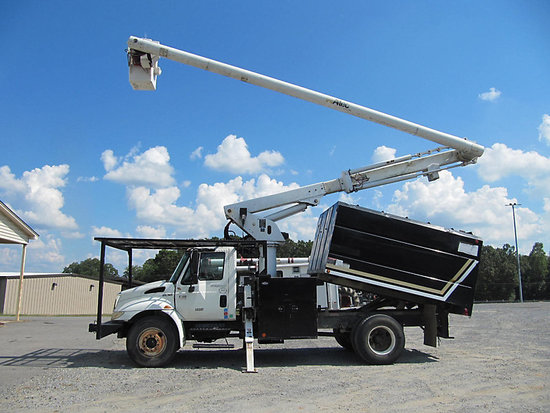 (Shelby, NC) Altec LRV-56, Over-Center Bucket Truck mounted behind cab on 2007 International 4300 Ch