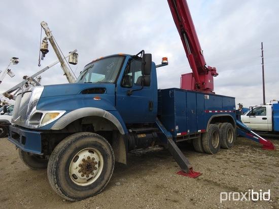 Altec D3060-TR, 25,250 Lb Digger Derrick s/n 1205CA0723, with 60 ft sheave