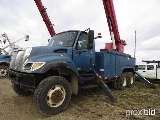 Altec D3060-TR, 25,250 Lb Digger Derrick s/n 0106CA0726, with 60 ft sheave