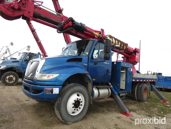 Altec D947-TR, 23,790 Lb Digger Derrick s/n 0608DV3589, with 47 ft sheave h