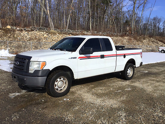 (Shrewsbury, MA) 2010 Ford F150 4x4 Extended-Cab Pickup Truck runs with jump start, drives, bad powe