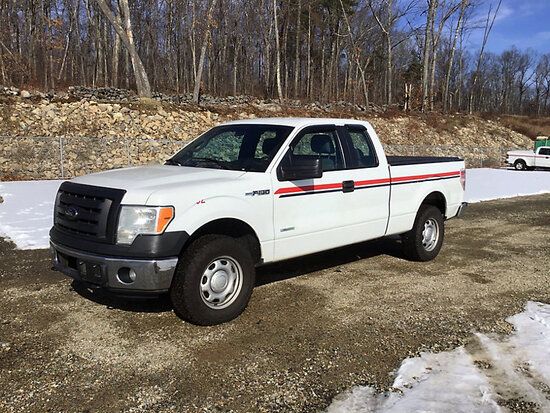 (Shrewsbury, MA) 2012 Ford F150 4x4 Extended-Cab Pickup Truck runs , drives, body damage