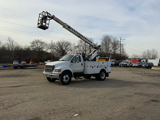 (Plymouth Meeting, PA) MTI T36-C, Telescopic Non-Insulated Cable Placing Bucket Truck center mounted