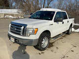 (Chillicothe, MO) 2010 Ford F150 4x4 Crew-Cab Pickup Truck runs,drives, cracked windshield, some min