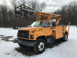 (Albion, PA) Telsta T40C, Non-Insulated Cable Placing Bucket center mounted on 1999 GMC C7500 Utilit