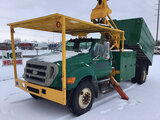 (Charlotte, MI) Altec LRV60-E70, Over-Center Elevator Bucket Truck mounted behind cab on 2007 Ford F