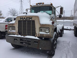 (East Chicago, IN) 1988 Mack R688ST T/A Truck Tractor runs & drives