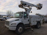 (Des Moines, IA) Altec TA40, Articulating & Telescopic Bucket Truck mounted behind cab on 2007 Freig
