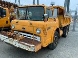 (Joplin, MO) 1989 Ford C8000 Tilt Cab Dump Truck Runs but clutch issue pedal have to pump to engage,