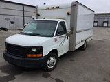 (Columbus, OH) 2003 GMC G3500 Van Body Truck runs and drives